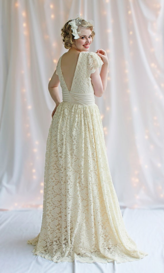 Vintage Romance Wedding Gown with sleeves, creamy ivory lace