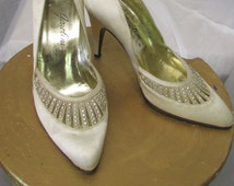 Vintage 1950's High Heels Ivory Satin Wedding Shoes with Rhinestones Italian Made GAROILINI  Size 5 1/2