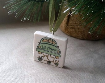 Just Married Christmas Ornament - Holiday Gift - Wedding Gift For the Couple