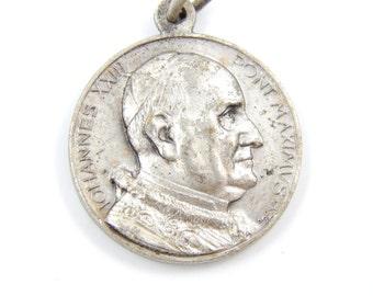 Vintage Pope Joannes XXIII Catholic Medal - Religious Charm - Roma Medallion - II1