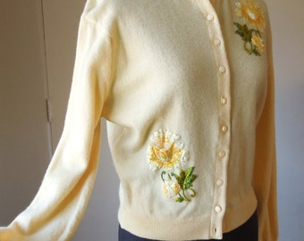 Vintage 50's 60's Yellow Cardigan Sweater, CASHMERE,  Rockabilly 50's Mad Men Pin Up Style, Women's Medium, Bust 38