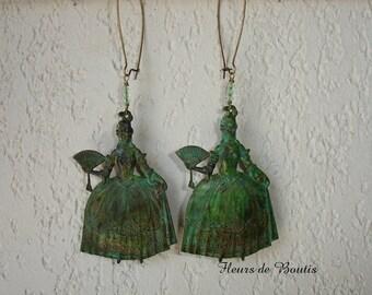 Boucles d'oreilles vintage Marie-Antoinette et perles chrysolite