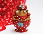 Loose tea or coffee holder: babooshi girl as a guest in a red polka dot dress