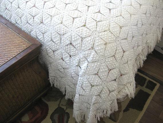 propagation de lit vintage crochet chose couvre lit. Black Bedroom Furniture Sets. Home Design Ideas