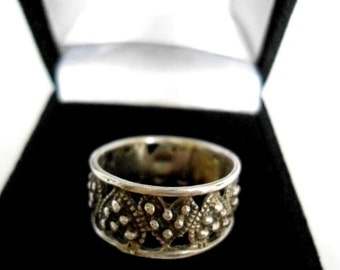 Vintage Sterling Silver Heart Band of Hearts Ring Gift  Promise Handcrafted Vintage  Elegant