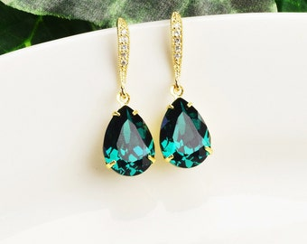Emerald Green Earrings - Swarovski Earrings - Bridesmaid Earrings Gold - Wedding Jewelry - Bridesmaid Jewelry - Emerald Earrings