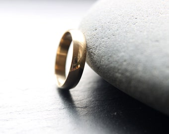5mm recycled 9ct yellow gold wedding ring for men, mens gold ring, mens wedding band, in shiny finish, D-shape profile - made to order