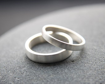 3mm + 4mm Argentium silver wedding ring set in brushed finish - made to order