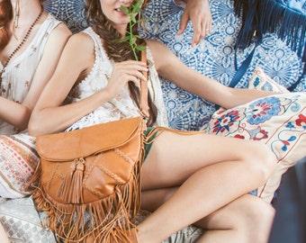 GYPSY SOUL. Fringe leather purse / fringe bag / fringe purse / fringe leather bag / fringe crossbody. Available in different leather color