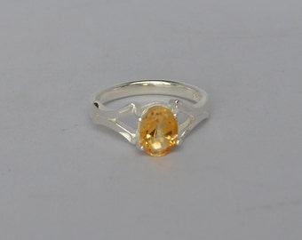 Sophisticated Sterling Silver and Citrine (.76 ct) Ring Size 7 Vintage