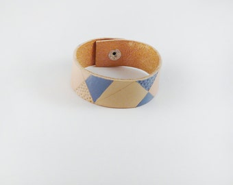 leather cuff bracelet hand painted and tooled geometric - dark blue, nude, veg tan leather, snap closure, 2 cm wide, size small