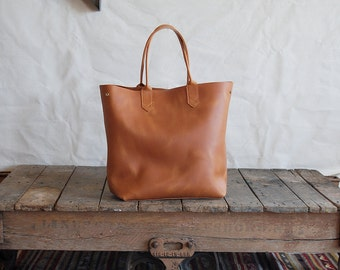 Basically  Beautiful Leather Tote - Handmade Large Leather Tote / Leather Tote / Basic Tote bag