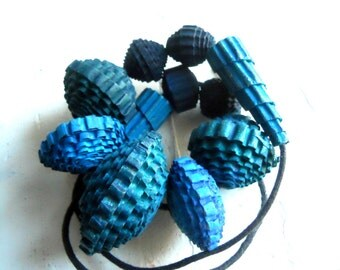 Blue extra strong-no shipping charges-paper necklace-blue color-handmade-ecofriendly-ecodesign-alternative jewels