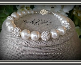 Mother of the Bride Bracelet, Wedding Jewelry for Brides, Mother of the Groom Gift, Daughter In Law, Wedding Bracelet, Bridal Bracelet