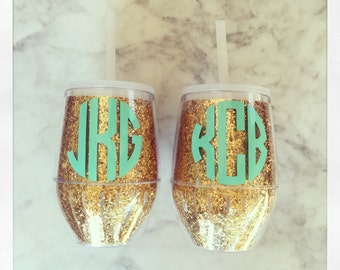 Personalized Acrylic Stemless Wine Glass with Lid & Straw {Gold Glitter}