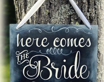 Here Comes The Bride Chalkboard Sign, Rustic Wedding, Vintage Wedding, Handmade Wedding, Chalkboard