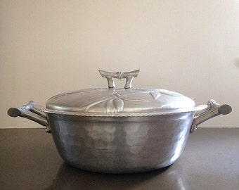 Vintage Everlast Bali Bamboo Pattern Hand Forged Aluminum Covered Serving Bowl