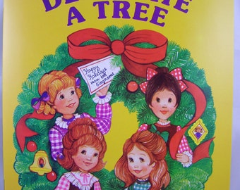 The Ginghams Decorate A Tree, vintage book with 17 press out ornaments