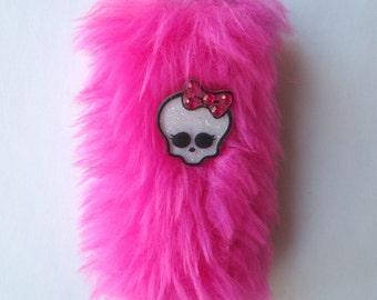 Creepy Cute Lighter Case Pink Lighter Cover - Monster High Girly Lighter Sleeve - Smoking Accessories - Grunge Kawaii - Pink Faux Fur