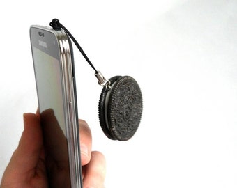 Realistic Oreo Phone Charm Food Accessory Tablet iPhone iPad MP3 Player