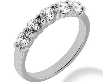 14k white gold wedding band with ,25tcw diamonds