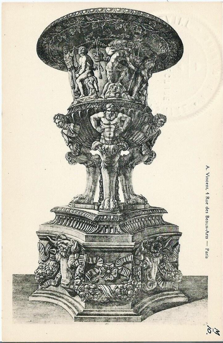 18th century french design garden urn by auguste vincent 4 for Garden design 18th century