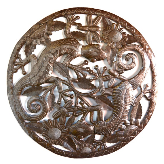 """Lizzard, Geckos made from the Lid of the Barrell, Recycled Steel 23"""" x 23"""""""