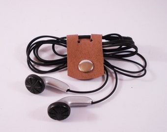 FREE SHIPPING! Cable organizer, earphone organizer from vegetable tanned leather