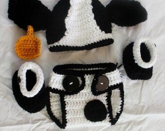 Crochet Cow Infant Set - Hat, Diaper Cover, Booties - Size 0-3 months