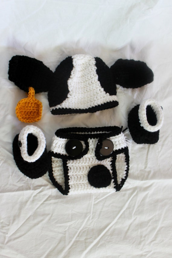 Free Crochet Pattern For Cow Hat : Crochet Cow Infant Set Hat Diaper Cover Booties Size 0-3