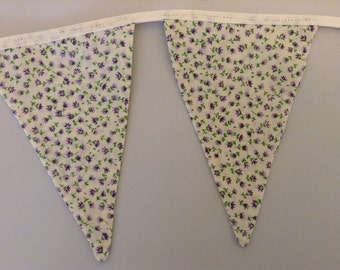 Ditsy Floral Bunting in Purple on White