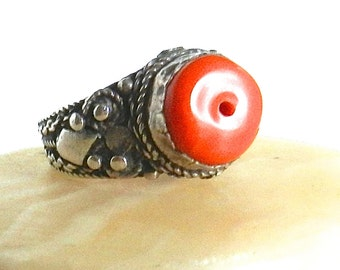Antique Yemen Silver Ring Coral Gem Handcrafted circa 1930