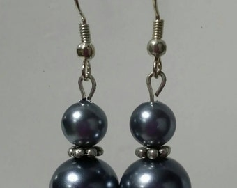 Gun metal glass pearl drop earrings
