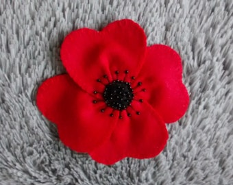 Felt Poppy Flower Brooch / Poppy Flower Pin/ Felt Accessories/ Handmade