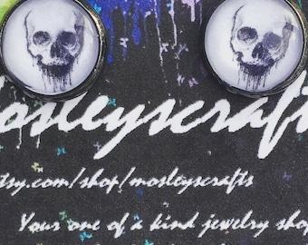 Skull  earrings-handmade jewelry