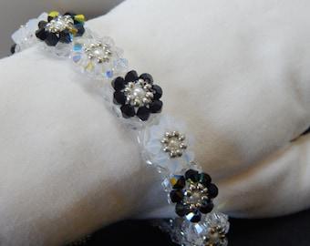 Crystal Flowers Beaded Bracelet