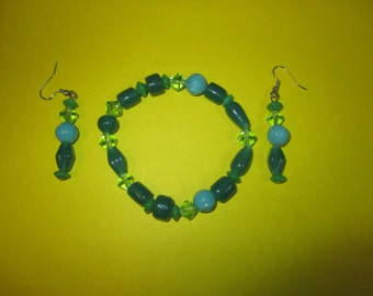 Blue and green beaded bracelet and earring set