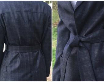 Paul Stuart dark navy windowpane wool suit, medium/size 8