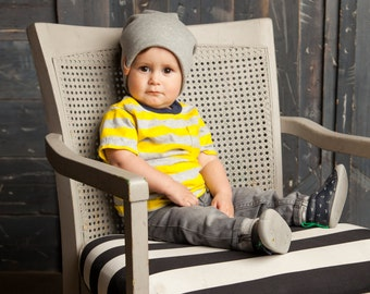 Slouchy Baby Beanie - Gray Ribbed