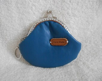 Vintage Leahter Small Mini Change Coin Purse Kiss Lock Wallet with Key Ring