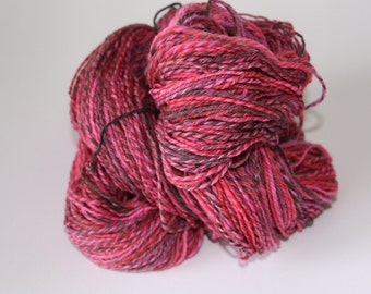 Handspun yarn, 3-ply, Cheshire Cat