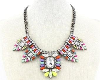 2015 New Lady Colorful Acrylic & Rhinestone Bib Statement Necklace