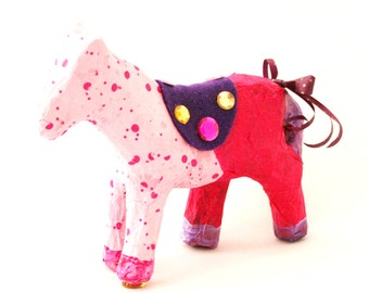 DECOUPAGE HORSE KIT. Do it Yourself Decoupage Papier-Mache Horse Decoating Craft Kit Age 8+ Birthday/ Project. Free P & P in uk