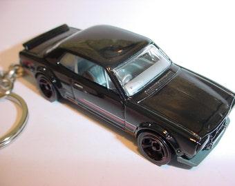 3D Nissan Skyline H/T 2000GT-X custom keychain by Brian Thornton keyring key chain finished in black color trim