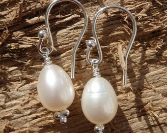 White Freshwater Pearl Earrings, Bridal Pearls, Bridal Earrings, Silver Earrings, Pearl Drop Earrings,