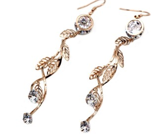 Golden pendant crystal earrings