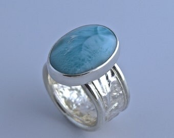 Sterling Silver Reticulated Band with Blue Larimar
