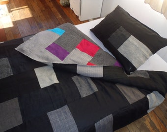 100% pure linen patchwork quilt cover. This isn't actually a quilt, but a cover for a quilt (duvet, doona). Looks beautiful on both sides!