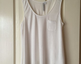 SecondSeason's Preloved Women's Top- White Singlet Style