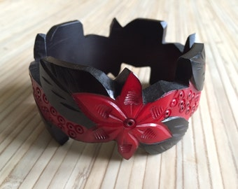 Vintage of inspired bracelets in the 40s 50s style, bakelite style, flowers and leaf design